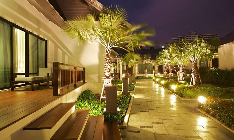Long Beach Luxury Villas Pattaya